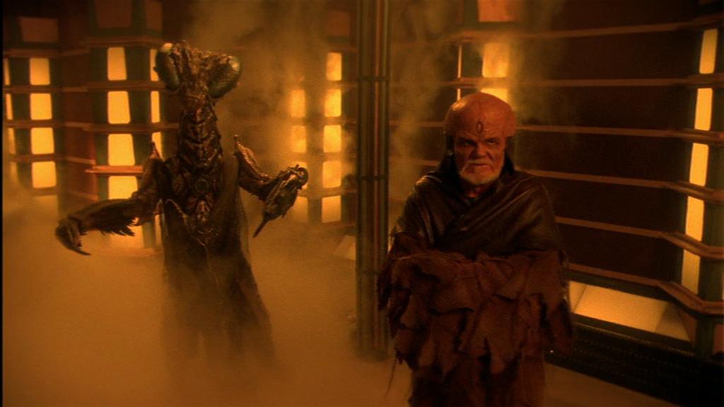 Der Puppenspieler vom Alienklo: Würde der Nebel diesen Boss der Unterwelt noch etwas mehr einhüllen.